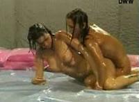 th 72070 oil wrestling redlight 123 526lo 4 girls wrestling naked! ...