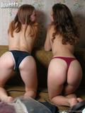 http://img140.imagevenue.com/loc529/th_59418_alina_irina_sofa3_122_529lo.JPG