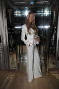 Эль Макферсон, фото 1087. Elle MacPherson Rodial Beauty Awards in London MAR-6-2012, foto 1087